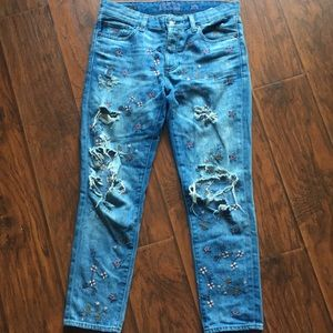 Lucky Brand embroidered boyfriend jeans